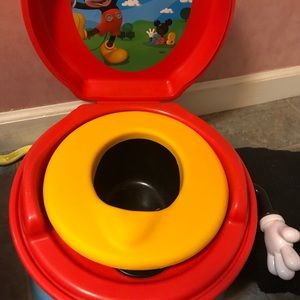 """COPY - Mickey Mouse potty. Sings when """"flushed"""""""